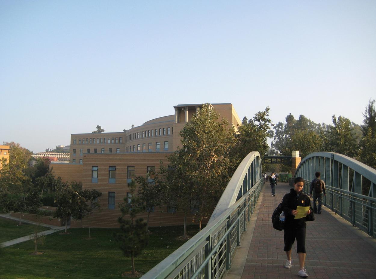 Uc admissions essay
