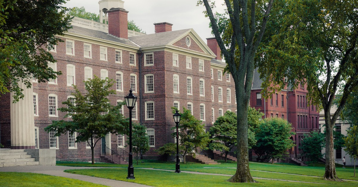 providence college essay prompt Get help writing your college application essays find this year's common app writing prompts and popular essay questions used by individual colleges the college essay is your opportunity to show admissions officers who you are apart from your grades and test scores (and to distinguish yourself.