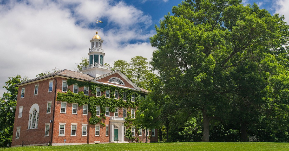 williams college admissions essay Compare colleges: williams college ($50,070 usd out-of-state admissions breakdown total enrolled freshmen acceptance rate historical acceptance rate.